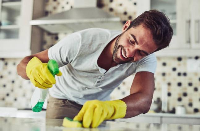 Pourquoi faut il passer par une agence pour trouver sa femme de ménage